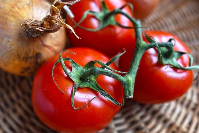 Tomatoes  I  Cherry Tomato Pesto Pizza