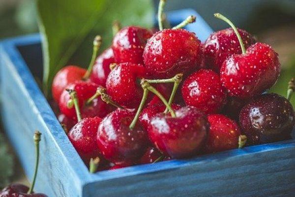 cherries-1534063_640